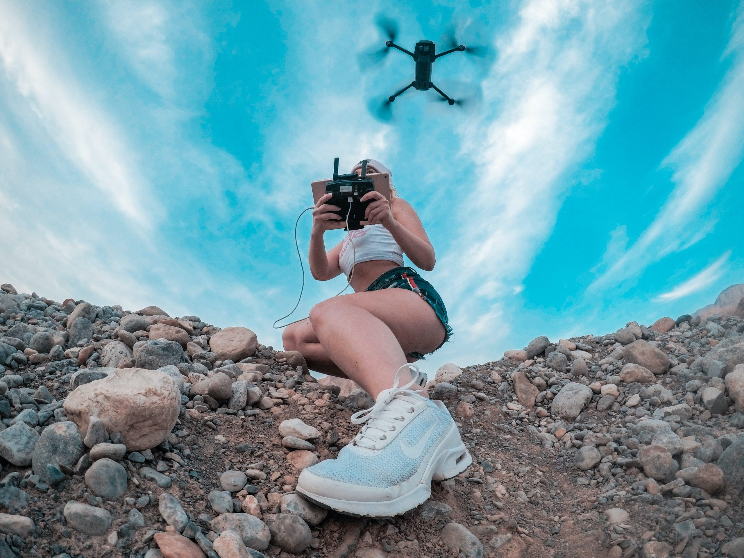 using a drone tips for beach photography